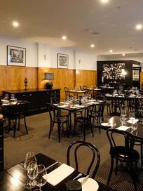 DECO Wine Bar & Restaurant - Dining