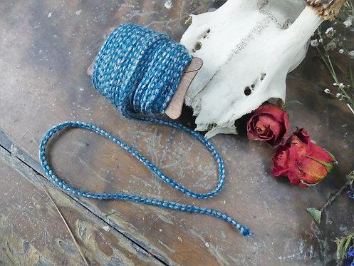 Cordon ~Aevi~ Bleu et gris, morceau de 8 mètres