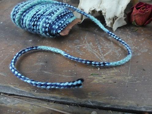 Cordon ~Aevi~ tons menthe, bleu foncé - Morceau de 8 mètres