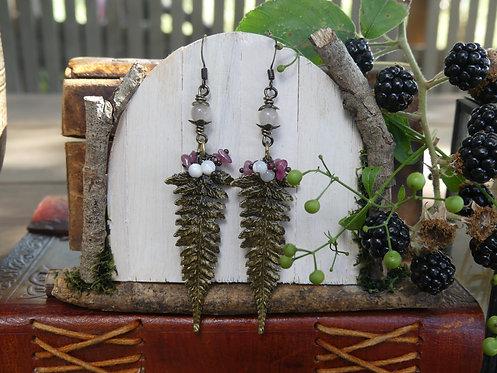Boucles longues ~Fangorn~ Pierre de lune, nacre, grenat et tourmaline