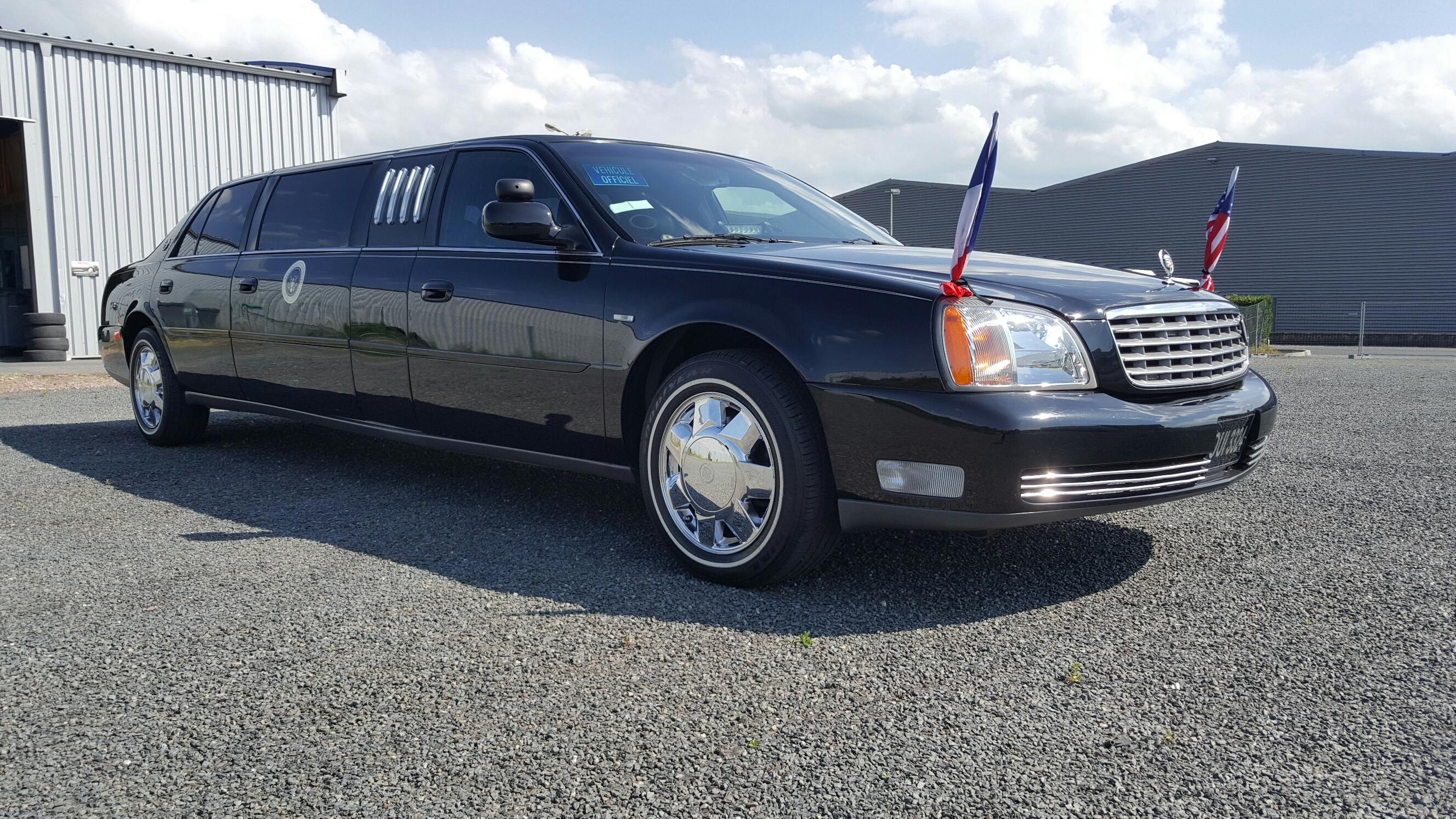 CADILLAC De Ville 2000 limousine
