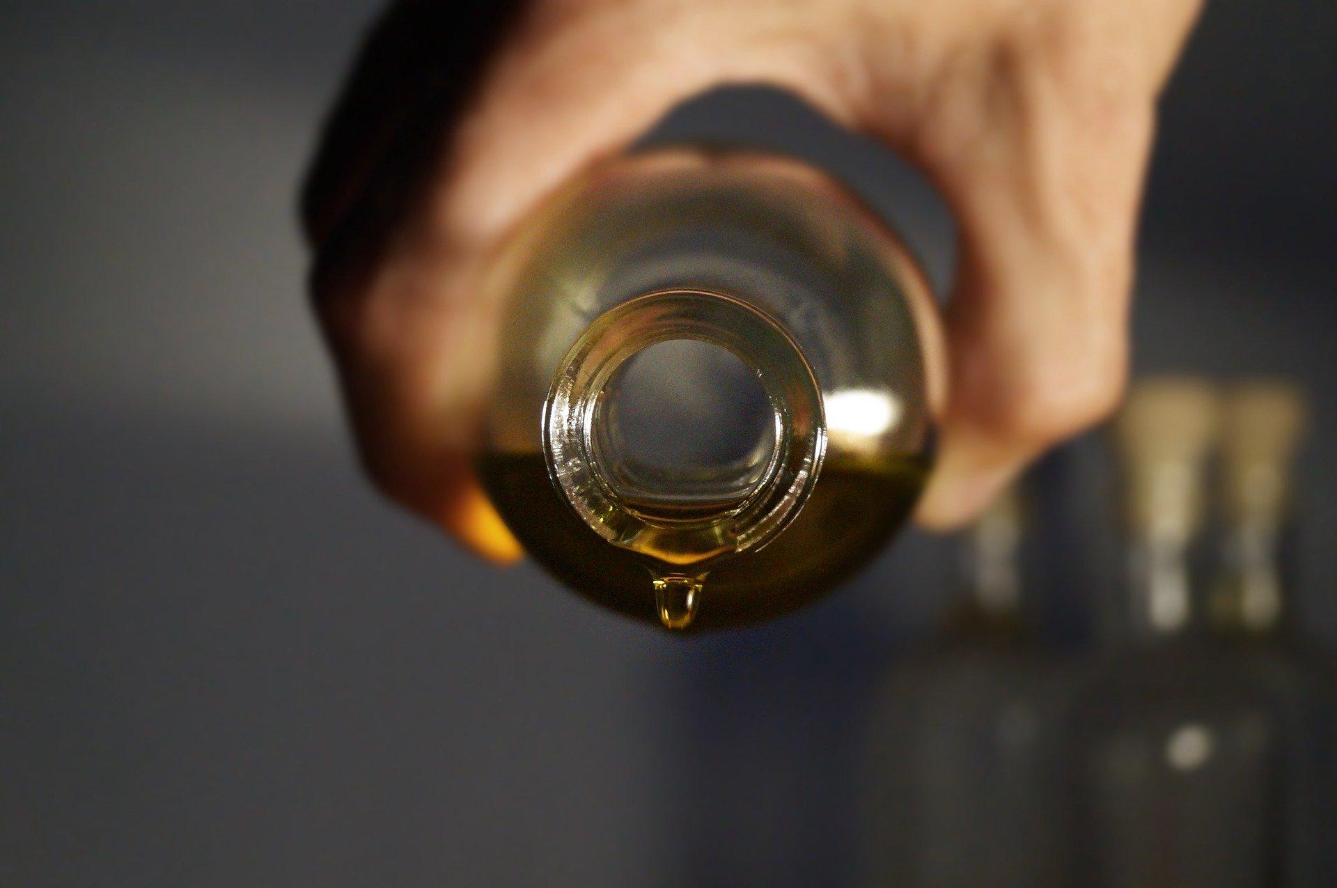 essential-oils-2918183_1920 - Copie.jpg