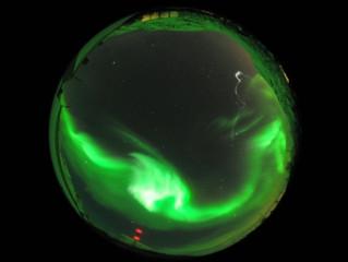 ブレイクアップオーロラ周辺の超高層大気は複雑に変化していた Eos Research Spotlight