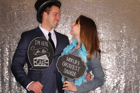 Wedding_photo_booth_for_rent_silver_sequ