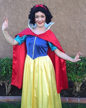 Snow_white_party_character_edited.jpg