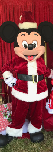 Holiday_Mickey_Mouse_for_hire