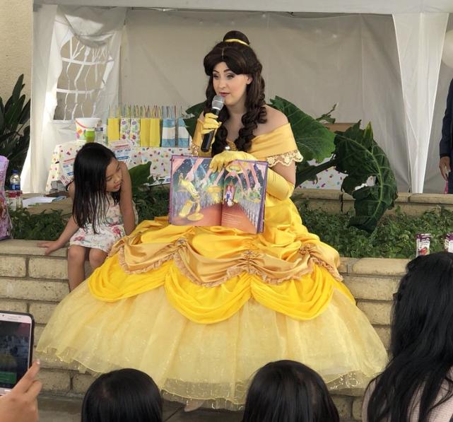 Princess Belle storytelling singing