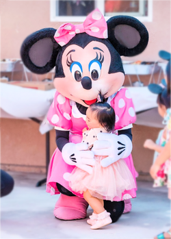 minnie mouse at a birthday party