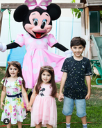 Minnie_mouse_party_covid