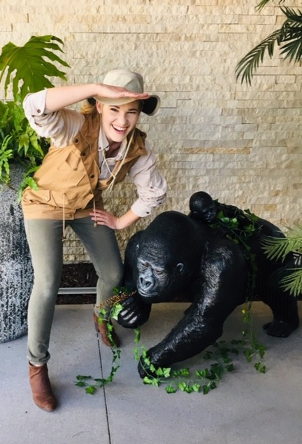 Entertainer for Jungle themed party