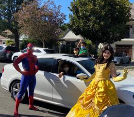 Superhero_and_princess_drive_by_birthday