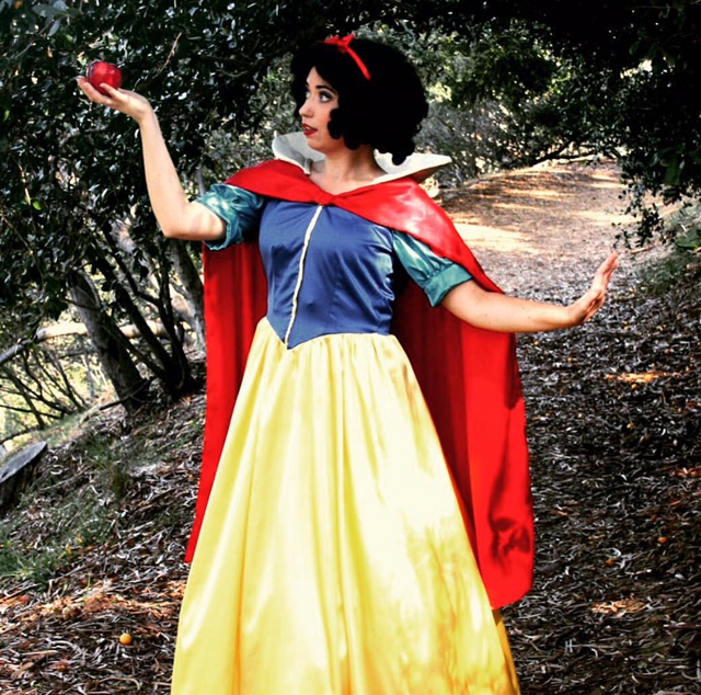 Snow White Theme Party