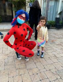 Miraculous_ladybug_social_distancing_eve