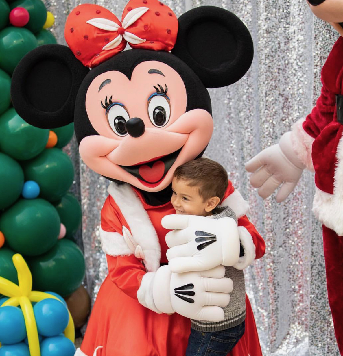 Holiday Minnie at Christmas event