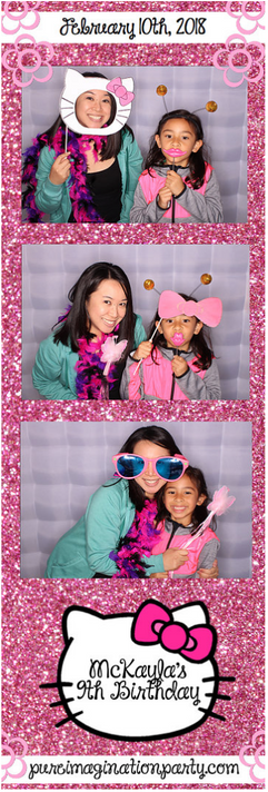 Hello_kitty_themed_party_photo_booth_pho