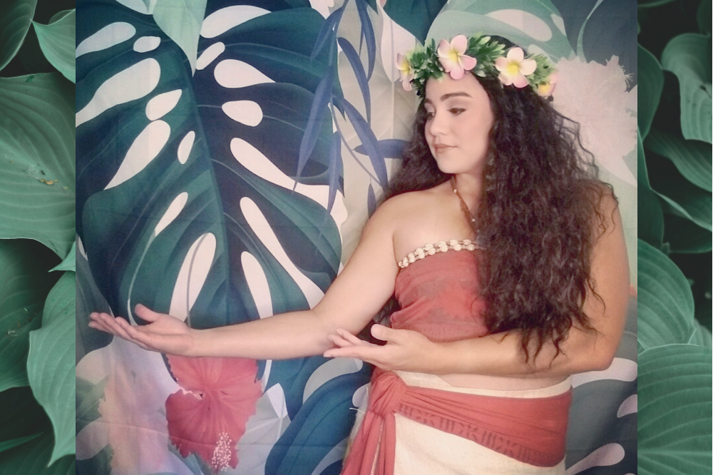 Moana hula dance lesson