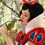 Snow_White_character_for_birthday_partie