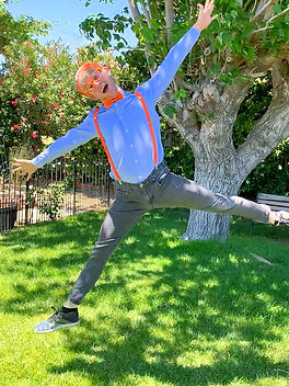 Blippi_character_for_hire_for_parties.jpg