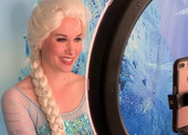 Virtual_princess_playdate_with_elsa