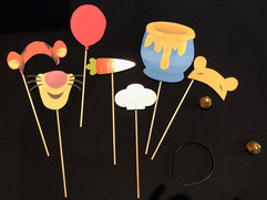 Winnie_the_pooh_themed_photo_booth_props