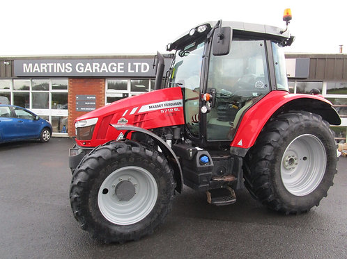 2017 Massey Ferguson 5712 4wd Tractor
