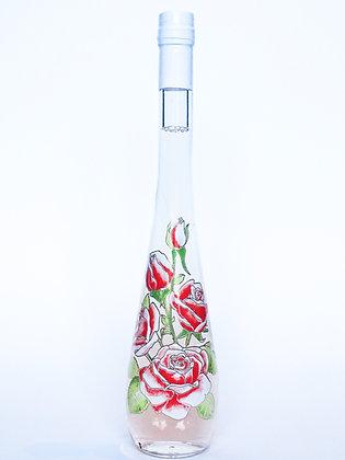 Likeur van rozenblaadjes