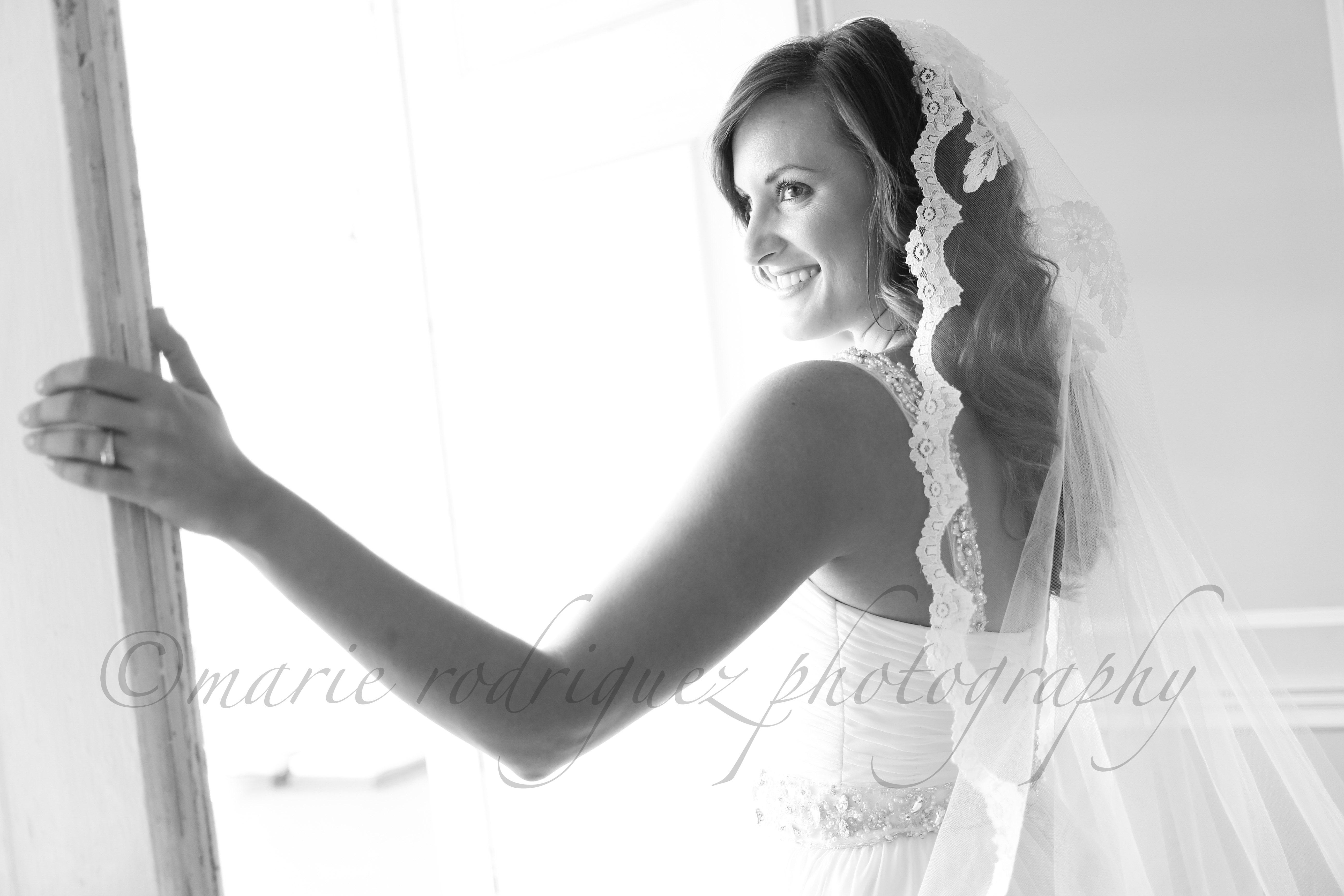 Melanie Bridal 033114 L18-75 h2o.jpg