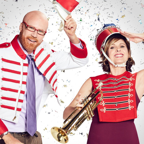 Molly Shannon - The 2018 Rose Parade Hosted by Cord & Tish