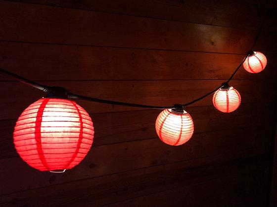 Guirlande Linéaire 3,0 m - 6 Lanternes papier Rouge - Amp. Led 1W