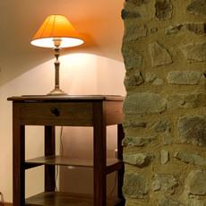 Lampe et meuble rénové