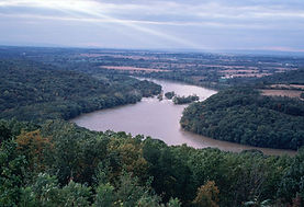 The_Ohio_river_running_between_Ohio_and_