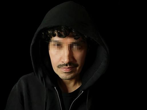 """""""Caigo yo, caen todos"""": Héctor Morales estrena """"El bot"""", obra de humor político"""