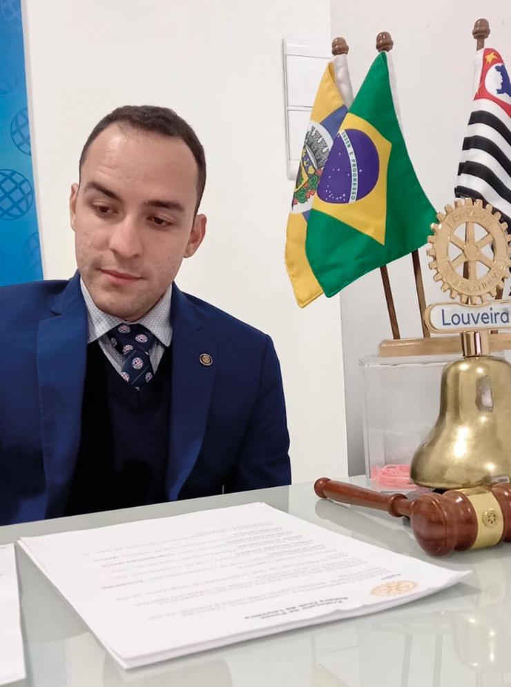 Entrevista com Daniel Floripe LOUVEIRA