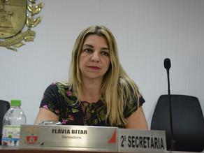 Flávia Bitar sofre denúncia anônima e promotoria pede explicação