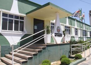 A menos de 3 meses do fim do mandato, prefeito promove mudanças no secretariado