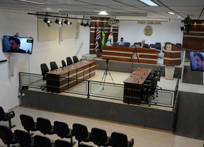 Vereadores vinhedenses discutiram 553 proposituras no 1° semestre