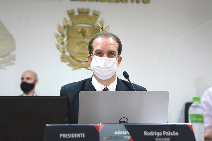 Presidente da Câmara, Rodrigo Paixão, rompe com o governo Dr. Dario VINHEDO