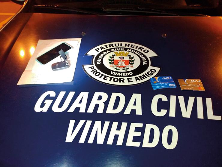 Polícia investiga criminosos acusados de aplicarem 'gole do cartão de crédito' VINHEDO