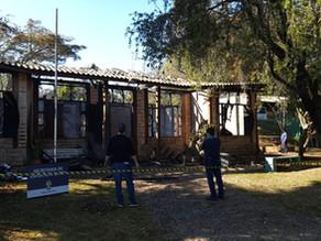 GM detém morador de rua em flagrante por incendiar Secretaria de Esportes