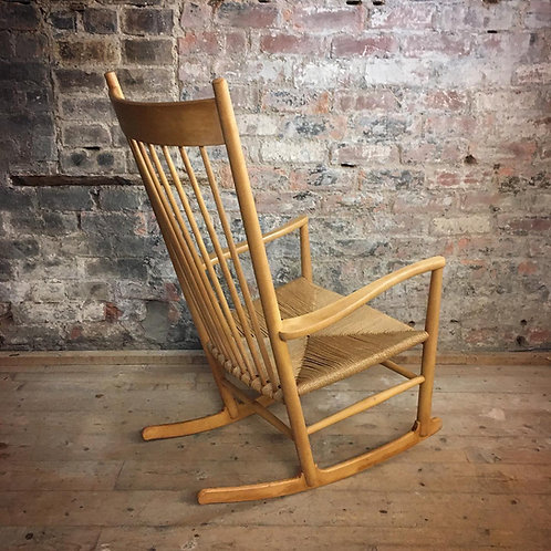 Hans J Wegner J16 Rocking Chair
