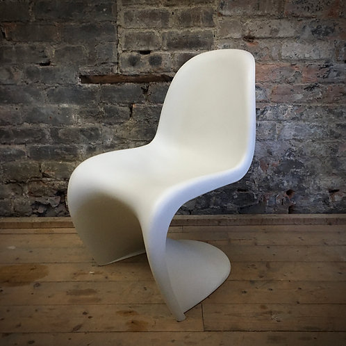 Verner Panton S chair. Vitra production