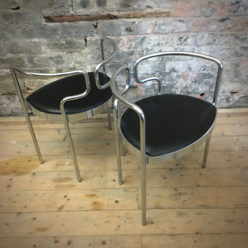 Pair Henning Larsen, Model 9230 Danish chairs