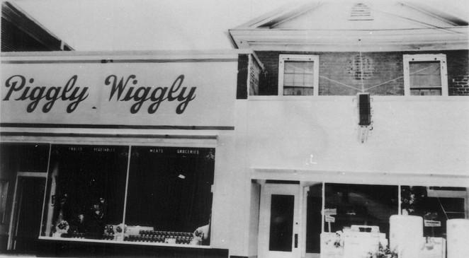 Piggly Wiggly (now Fringe Benefit)