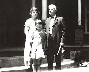 Alexander Black, wife Liz, and daughter.