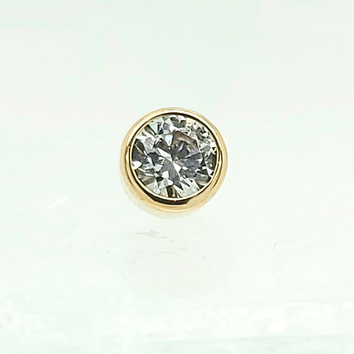 Round Bezel with White Cubic Zirconia in Yellow Gold