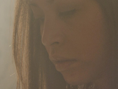 Interview : TF1 'Sarah's Room'. Hanna Standbridge on Acting in a Micro Budget Feature