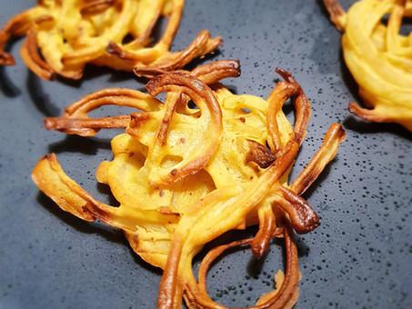 Onion Bhajji (not onion budgies)