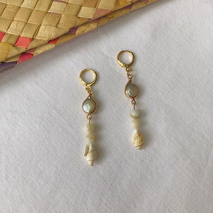 Puteri Earrings