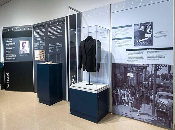 World War Women, Travelling Exhibition, Working