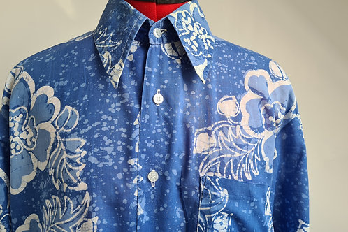 Vintage Blue Long Sleeved Batek Print Shirt by Fleur in Malaysia L
